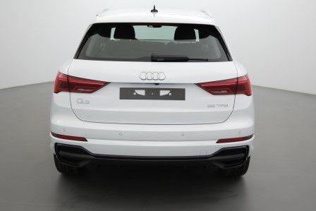 Audi Q3 Nouveau 35 TDI 150 Ch S-Tronic7 Design - Avignon Prix : 38 990 €
