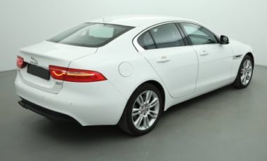 Jaguar XE Berline Prix : 28 598 €