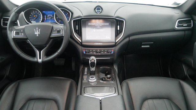 Maserati Ghibli 3.0 V6 275 Ch - Prestige Avignon Prix : 53 998 €